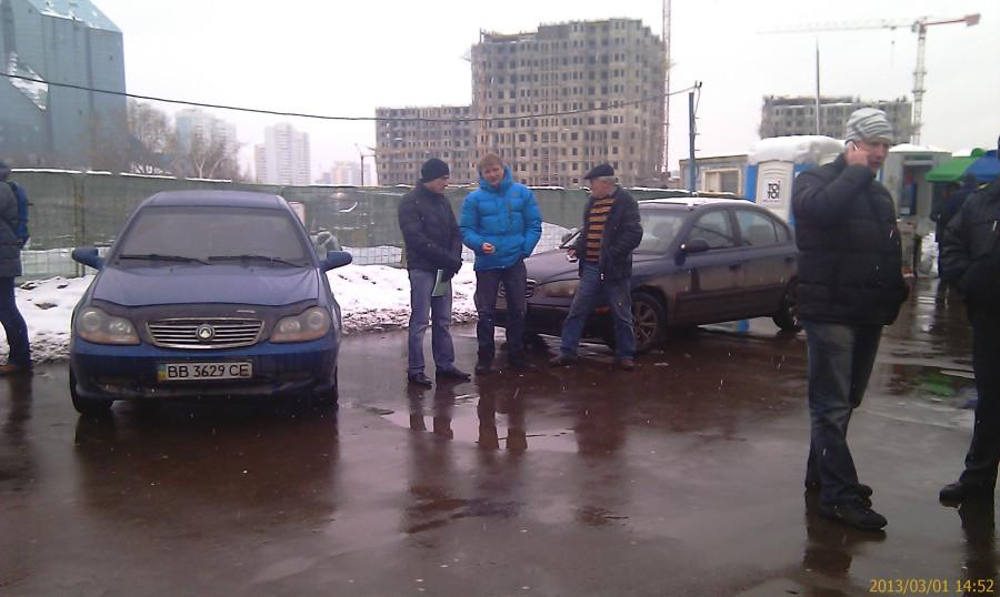 Под надёжной крышей: Ингуш и чечен доили таксистов прямо под окнами московского УЭБиПК МВД