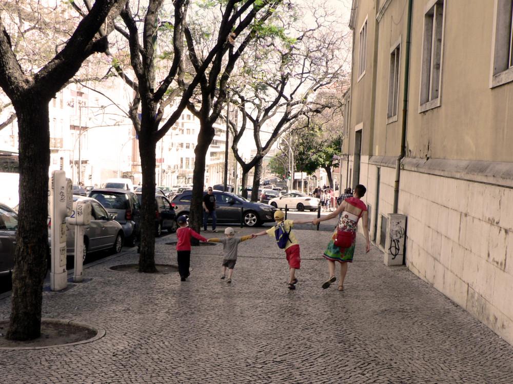 Португалия   (166-1)
