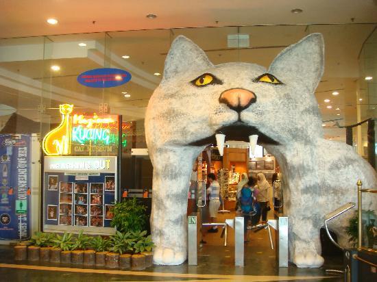 kuching_cat_museum_4