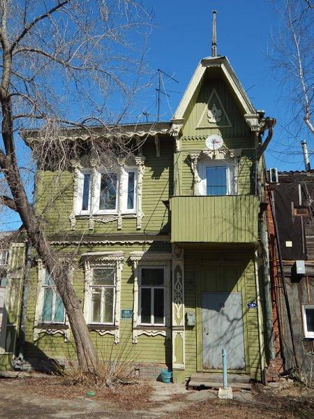 """Жемчужина улицы Льва Толстого - """"дом с Жар-птицей"""" 1905 года. В 2016 году он был отремонтирован силами волонтеров."""