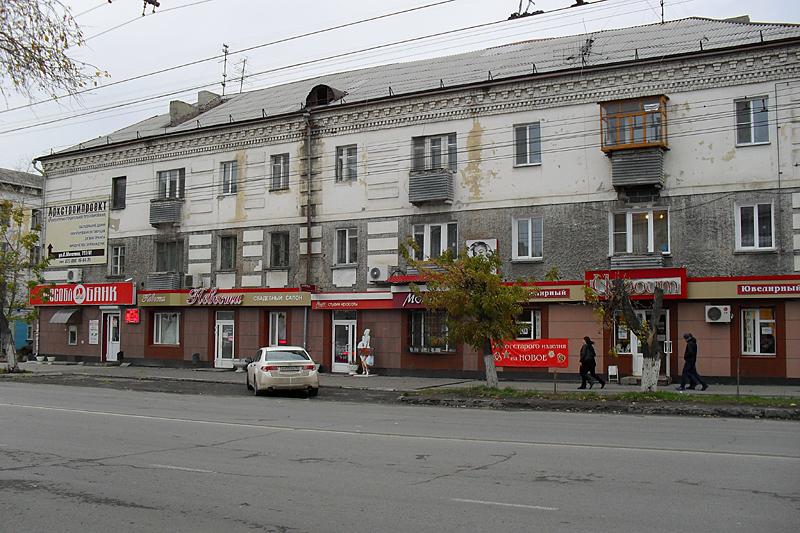 Параллельная Гоголя улица Коли Мяготина.