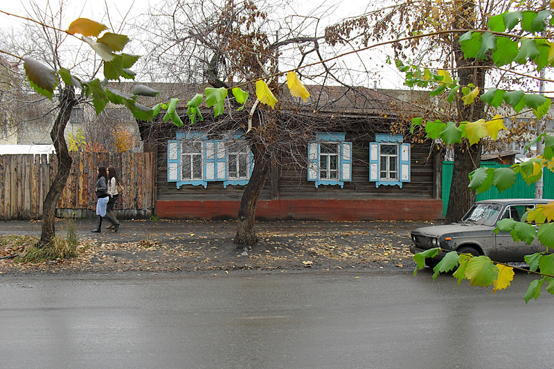 В этих кварталах между улицами Куйбышева и Климова пока и остановимся.