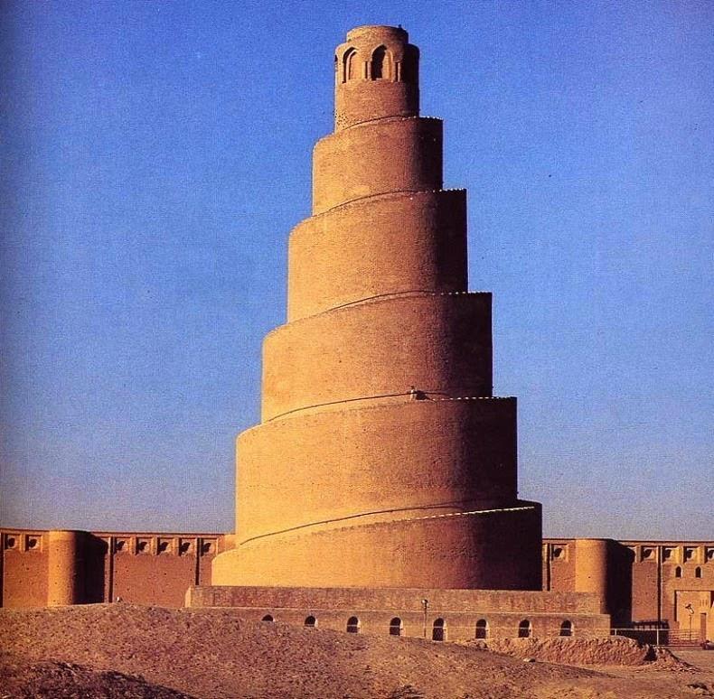 Мечеть в Самарре, которая напоминает Вавилонскую башню