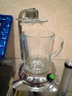 Охладитель чая с пропеллером