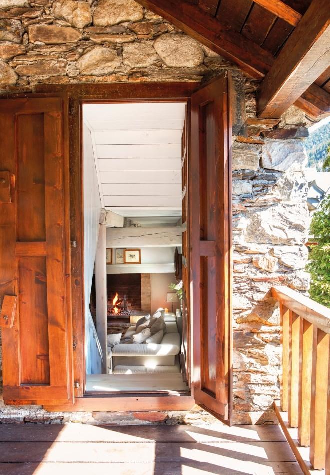 Дом в долине Аран фотографии