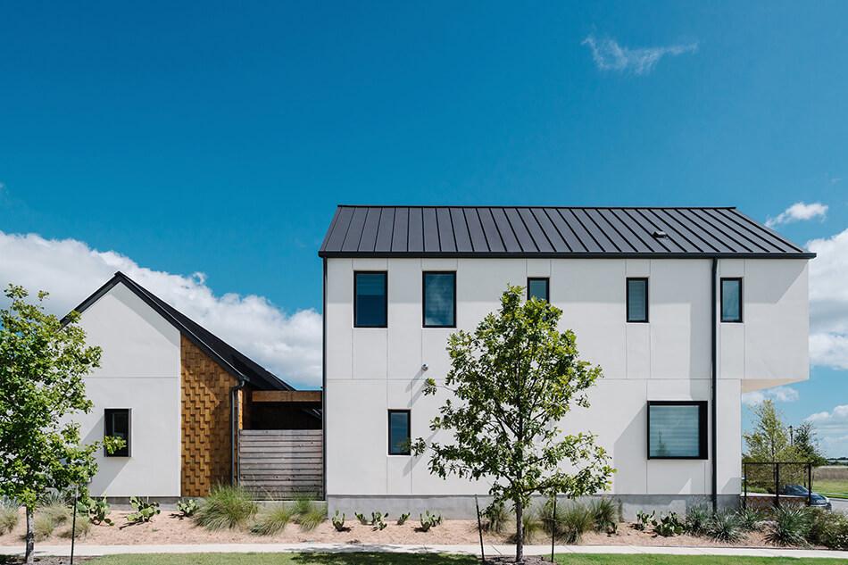 Дом в Техасе в скандинавском стиле фотографии