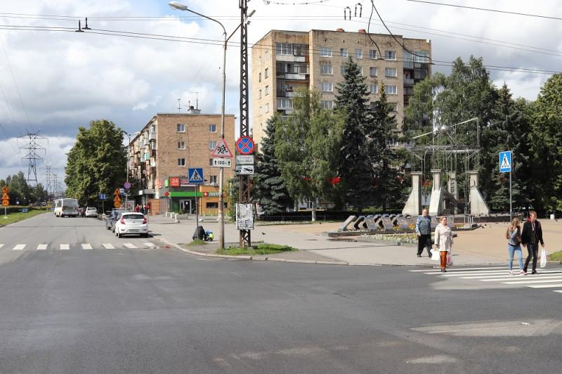 Октябрьский проспект на пересечении с улицей Московской
