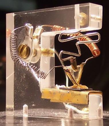 Nachbau_des_ersten_Transistors