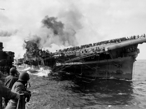 1280px-Attack_on_carrier_USS_Franklin_19_March_1945