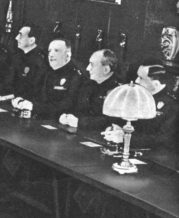 Marconi_al_Gran_Consiglio_Fascismo