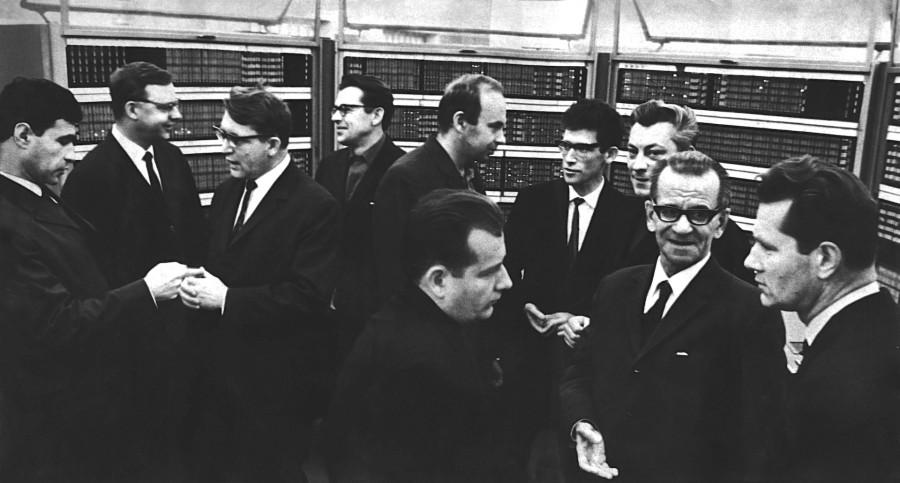 BESM6 laureaty 1967.jpg