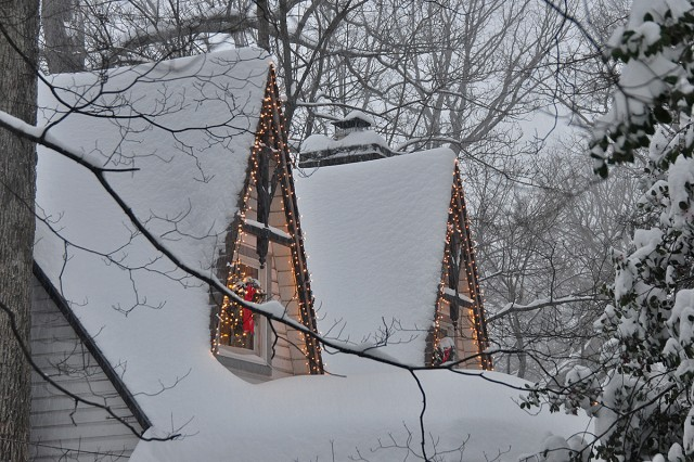 Hutch's cottage in snow