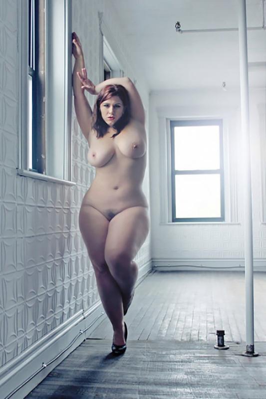 Фото голых женщин пышных форм
