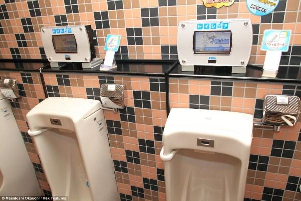 toilets06