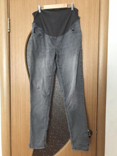 d48ec09c4dde5 1) Штаны серого цвета для беременных. Носила в конце беременности.  Состояние вполне нормальное. KIABI. Модель Skinny fit. Российский размер 48.