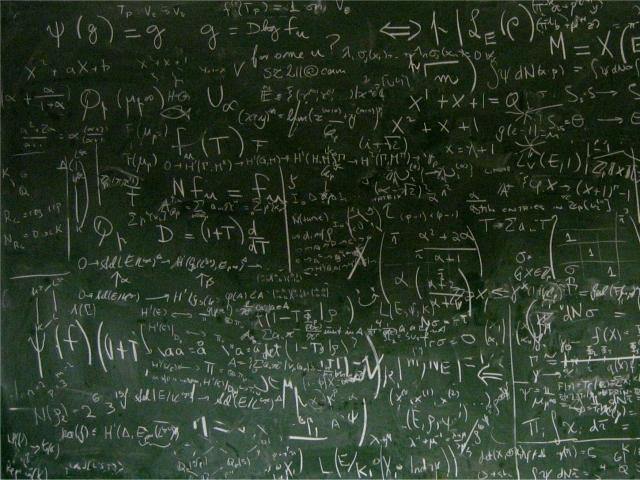 Доска, исписанная формулами