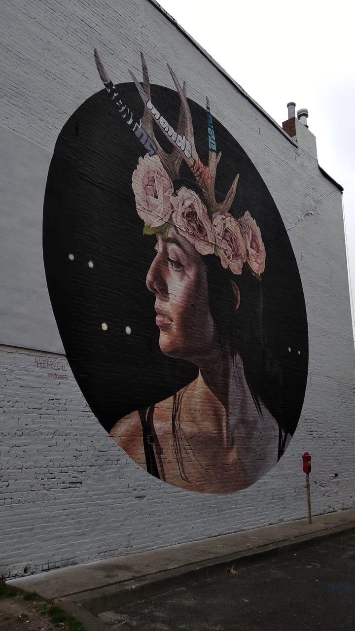 Уличное граффити — одна из причин совершить прогулку по Джерси Сити