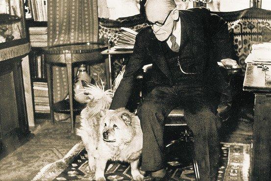 Sigmund_Freud_statue,_London_1.jpg