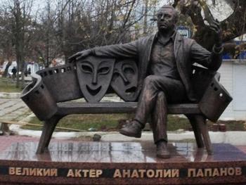 161_pamjatnik-Papanovu-1012