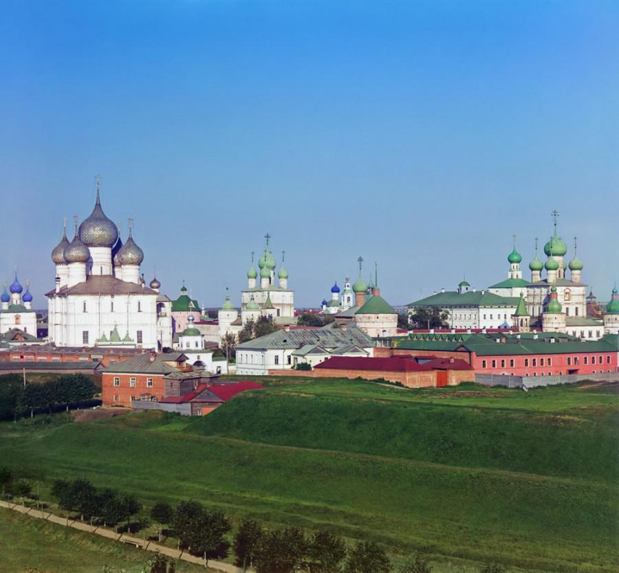 Ростов Великий Общий вид Кремля с колокольни Всесвятской церкви. [1911 год]