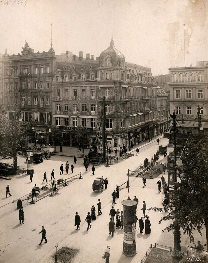 Berlin_Café_Bauer_Unter_den_Linden_1915-05-19