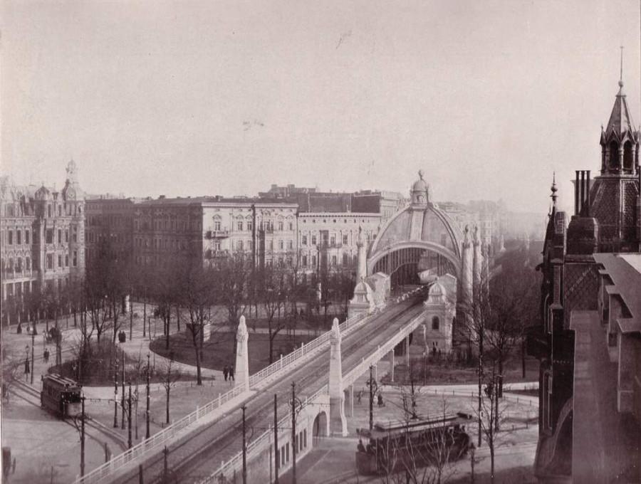 U-Bahn_Berlin_Nollendorfplatz_1903