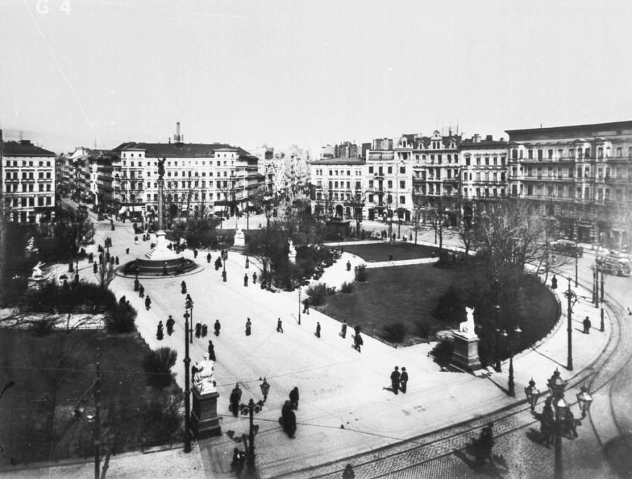 Mehringplatz1900