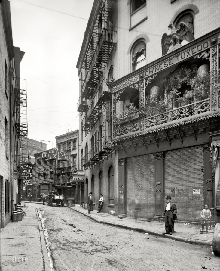 Circa 1901, continuing our tour of New York. Doyers Street, Chinatown.