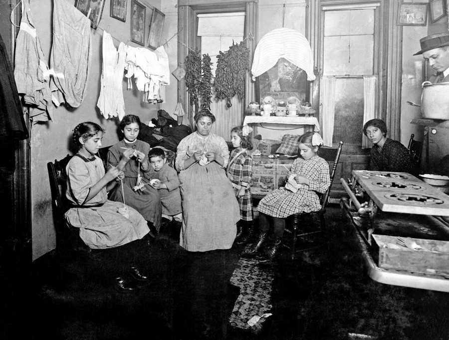 Lewis Hine - Crocheting caps. Upper East Side, New York, 1912