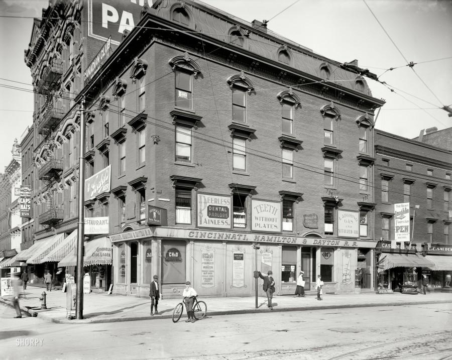 1905. Cincinnati, Hamilton and Dayton Railroad office, Woodward & Jefferson Aves (и магазин Геббельса)