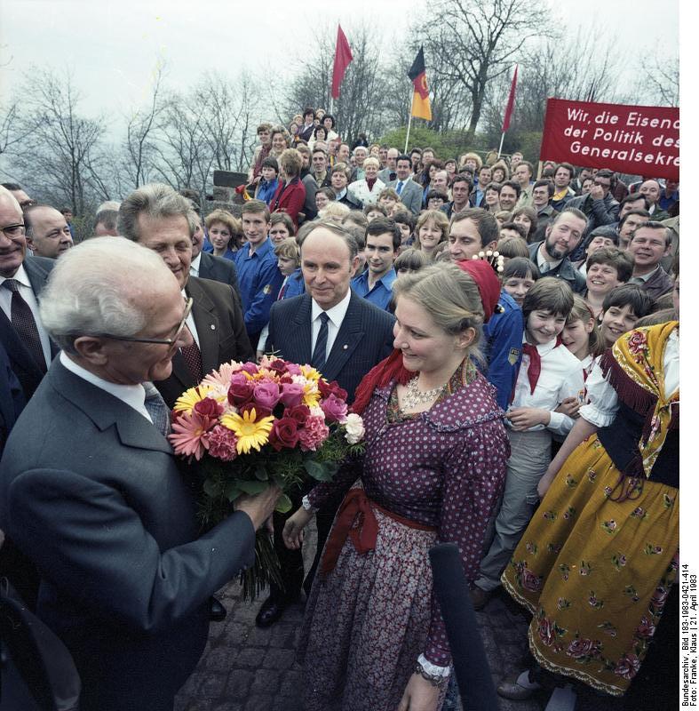 Eisenach,_Wartburg-Wiedereröffnung,_Honecker 1983