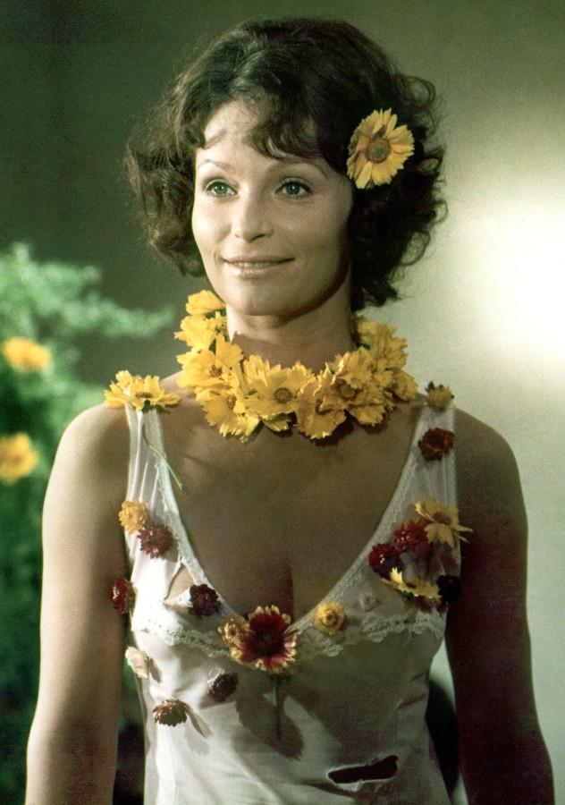 Angelica Domröse самая популярная киноактриса ГДР в 70-х, в 1980 году уехала в ФРГ ангелика домрезе