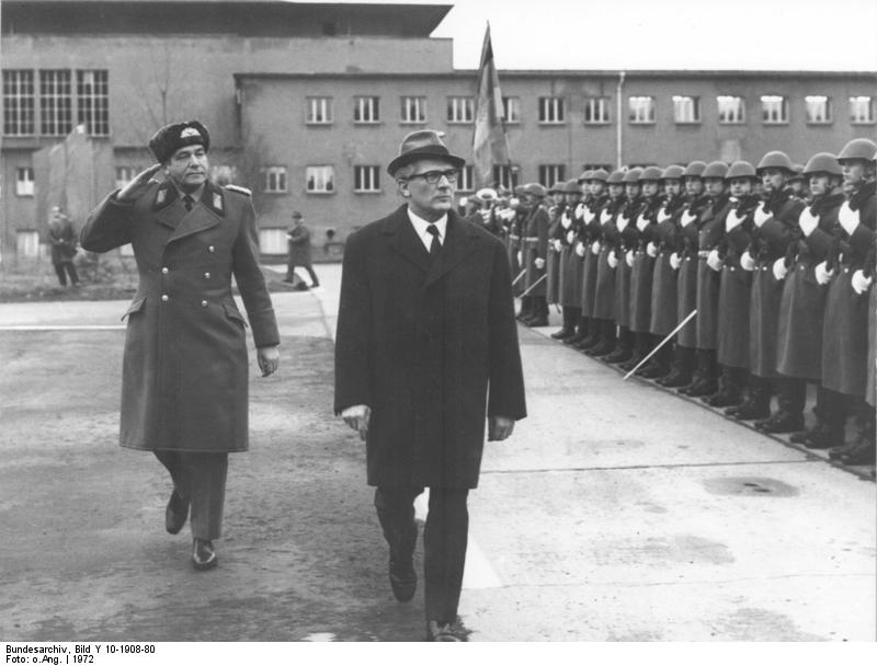 bundesarchiv_01948_001