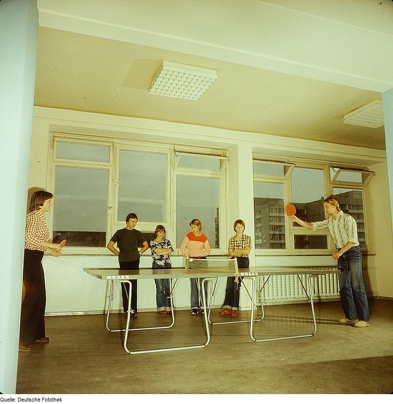 Fotothek_df_n-22_0000509_Sport,_Tischtennismannschaft