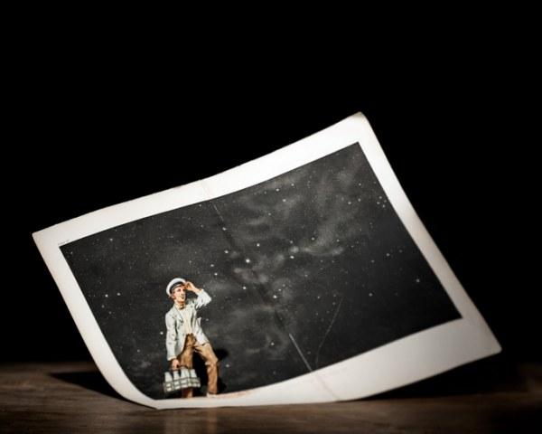 Американский фотограф и художник Томас Аллен (Thomas Allen) создает коллажи и диорамы из книг.