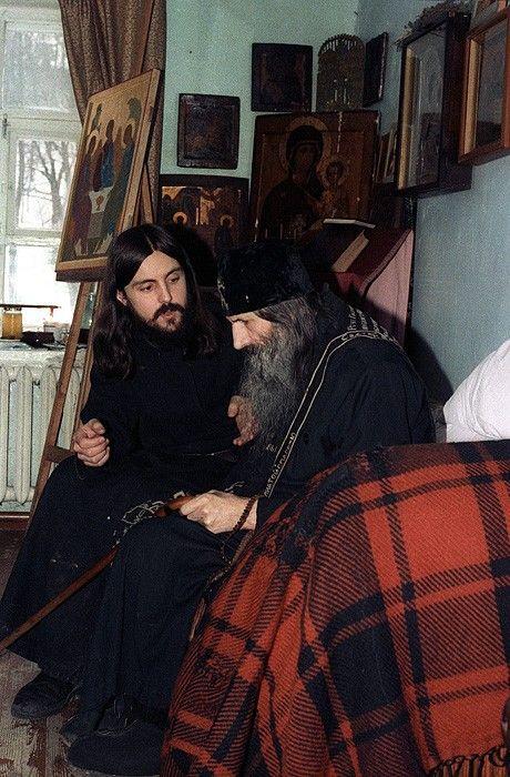 1317965614_006_11057_monastery_05
