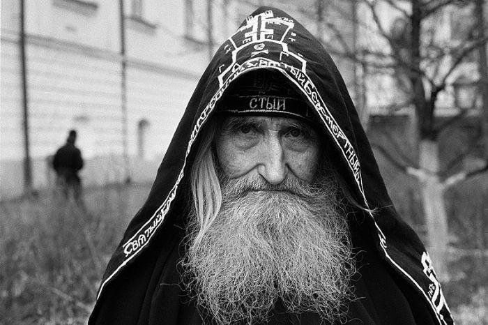 1317965614_024_22448_monastery_24