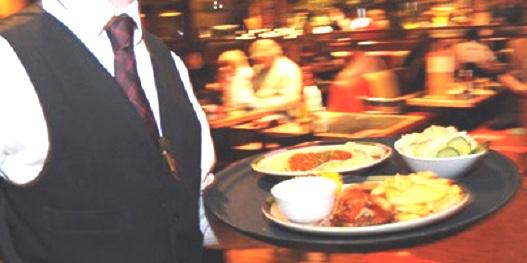 Поведение людей в ресторанах 10 лет назад и сейчас