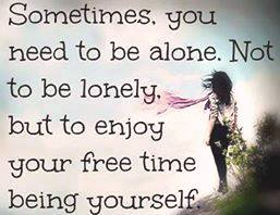 alone - lonely. разница