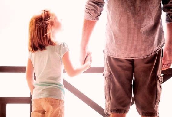 Отец дочери - Тебе никто ничего не должен