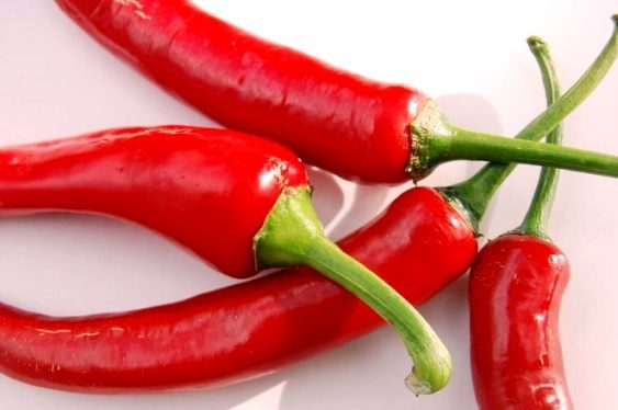 полезные свойства красного острого кайенсколго перца