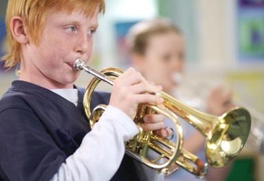 Уроки музыки помогают учить инстранный язык