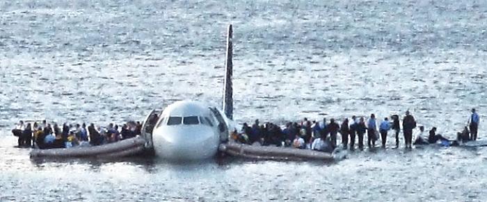 7 действий, облегчающих выживание в авиакатастрофе