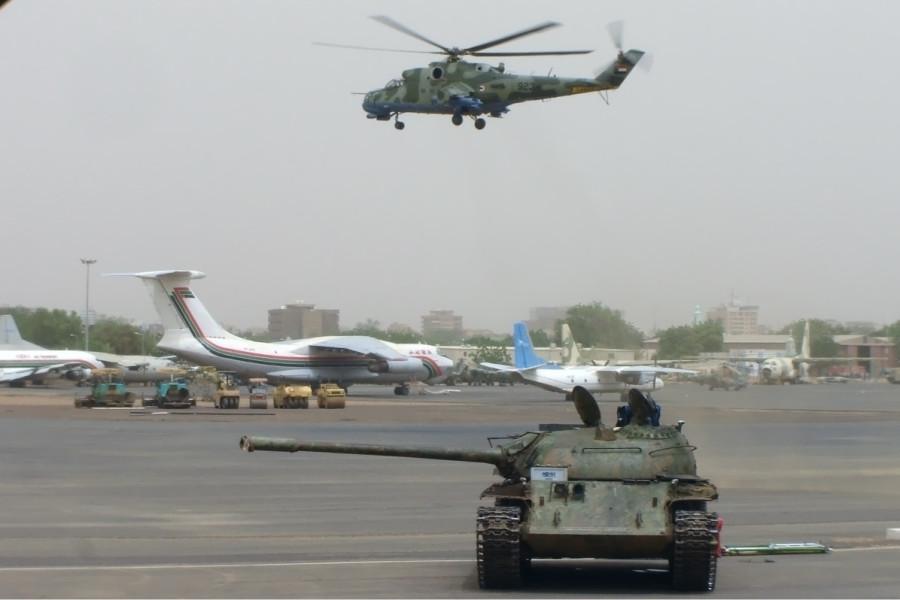 Sudanese_Air_Force_Mil_Mi-24_Onyshchenko-1