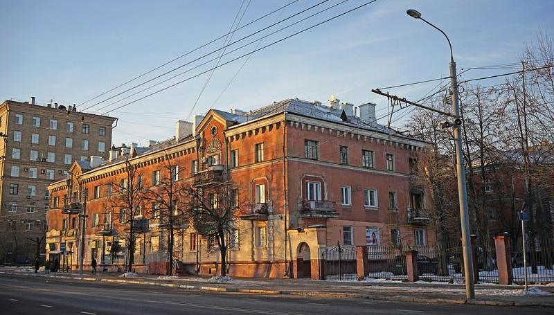 Серпом РЕНОВАЦИИ по исторической застройке Москвы