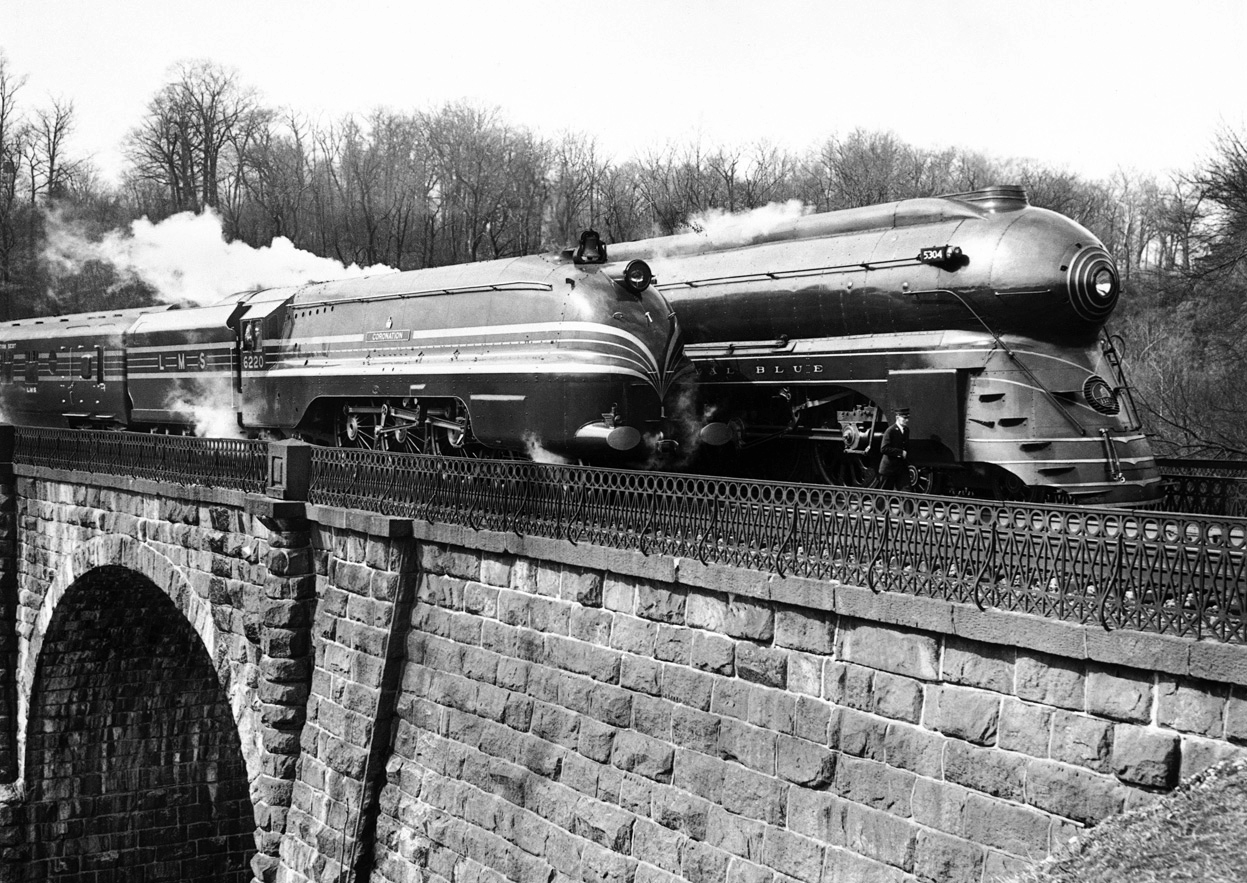 The Coronation Scot and Royal Blue near Washington, DC in 1939