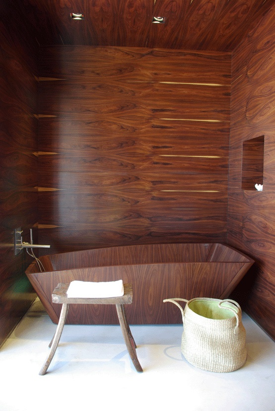 ванная дерево