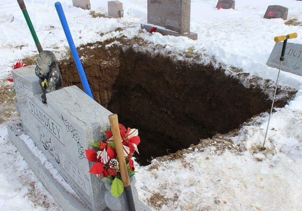 похороны 2