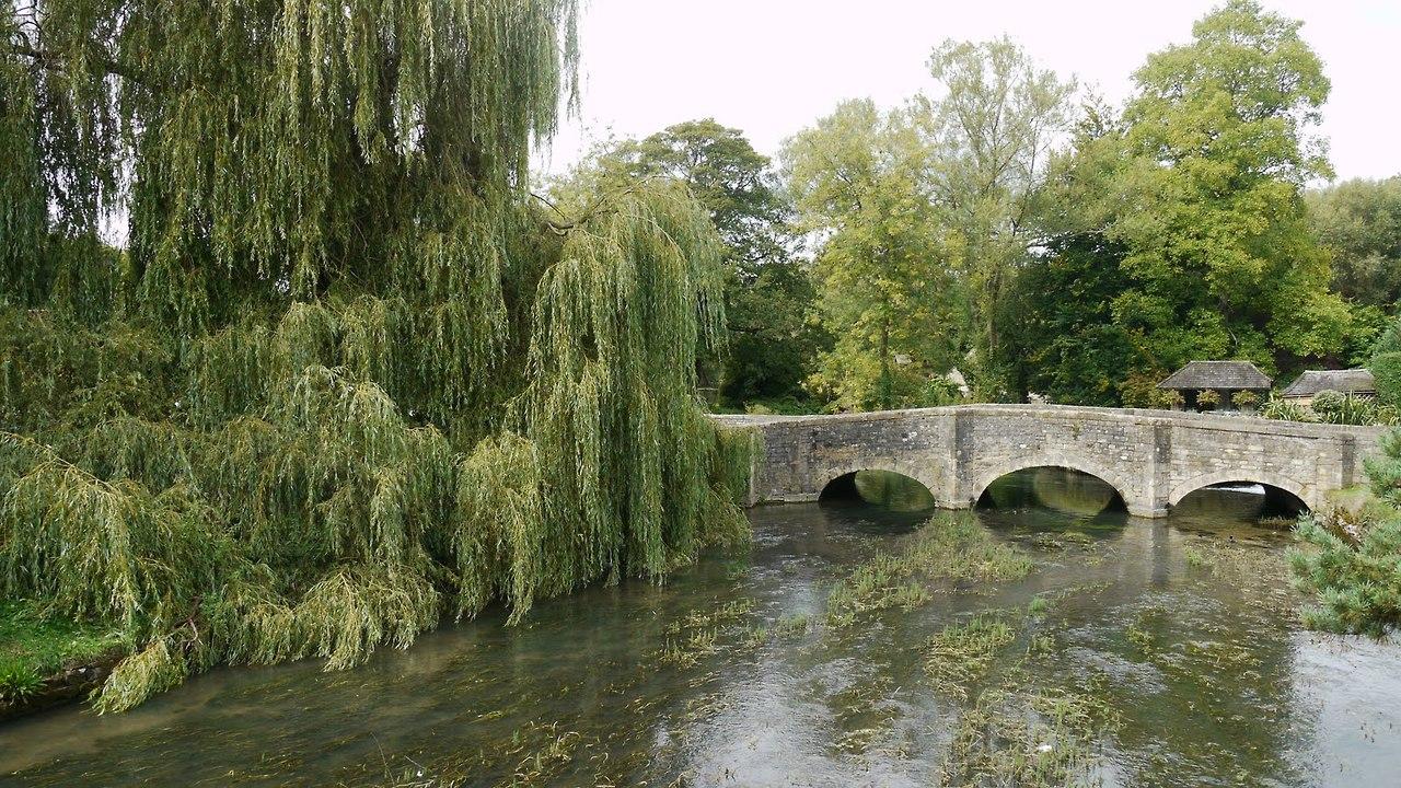 The Village of Bibury, England, с 1086 5