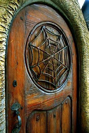 дверь хороша